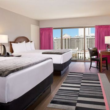 HOTEL-FLAMINGO-LAS-VEGAS-ROOM